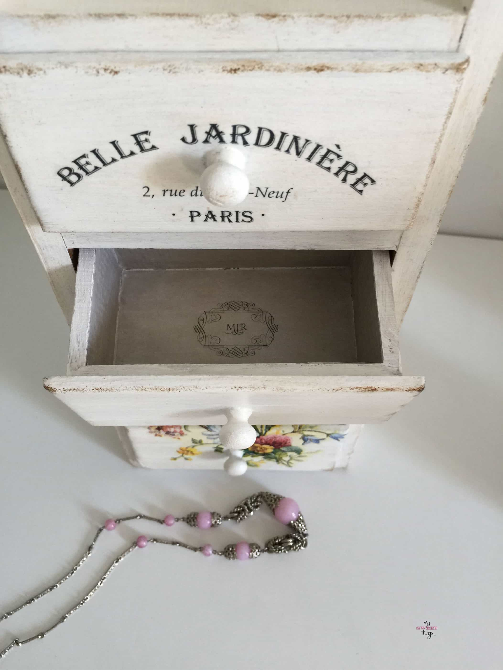 Shabby Wooden Jewelry Storage