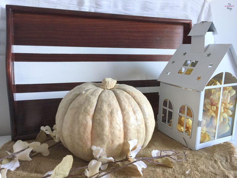 Our Fall Vignette | www.sweethings.net