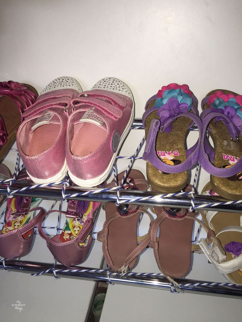 Shoe rack | Storage solution with twine | Via www.sweethings.net