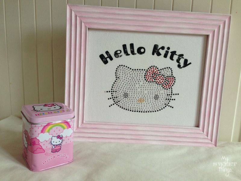 Hello Kitty T-Shirt Upcycle | Via www.sweethings.net