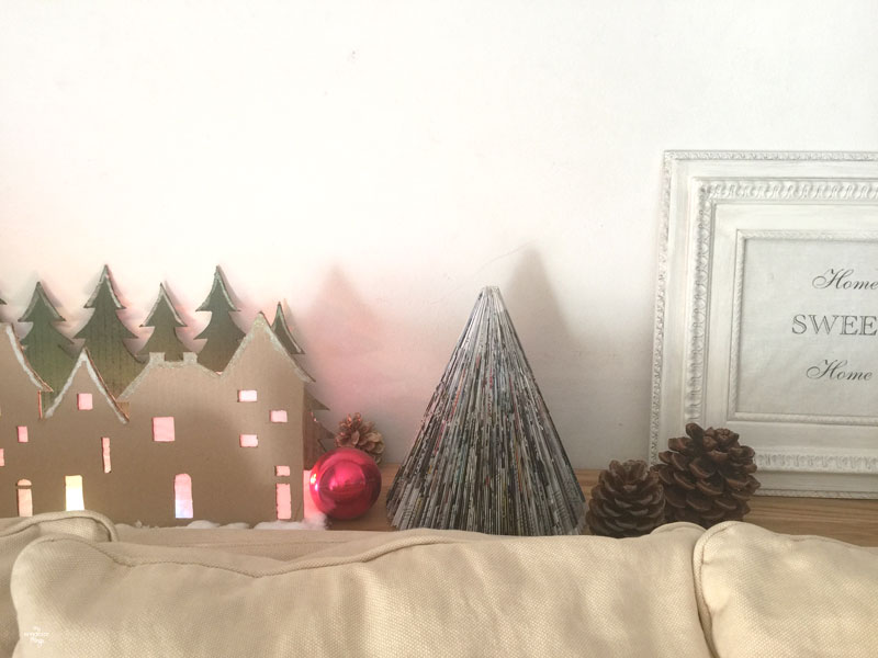 Christmas Home Tour 2015 | Via www.sweethings.net