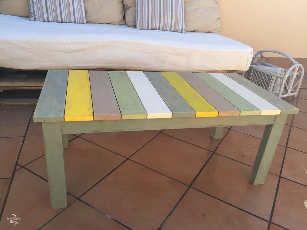How to make a colorful wood slat table the easy way with some wood and paint - The before picture - Painted slats with painted legs