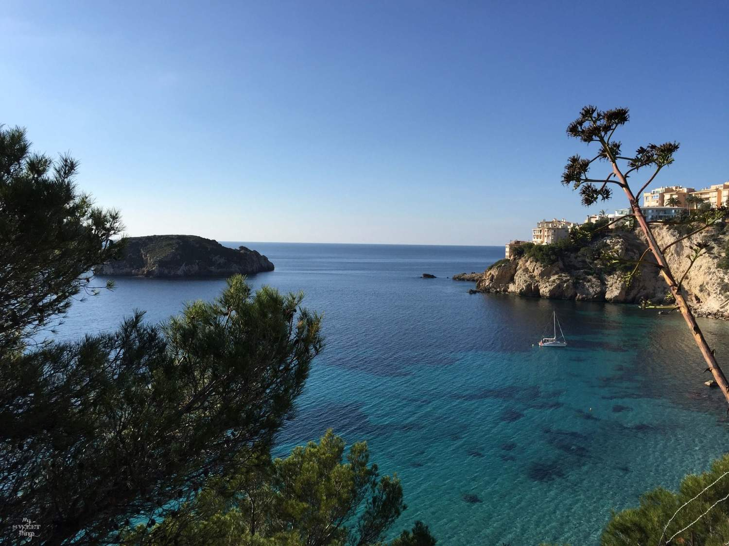 What to do in summer in Mallorca - Blue water beach