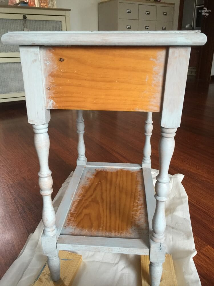Transform furniture with decoupage and milk paint - First layer of Slate OFMP