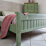 green-bedroom-chalk-paint