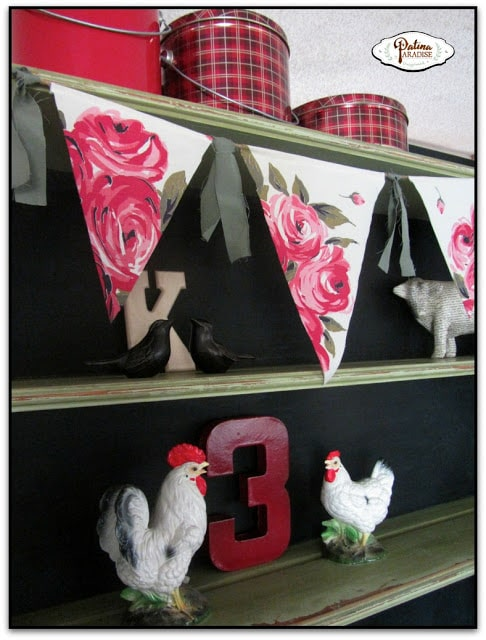 tablecloth-bunting-on-hutch