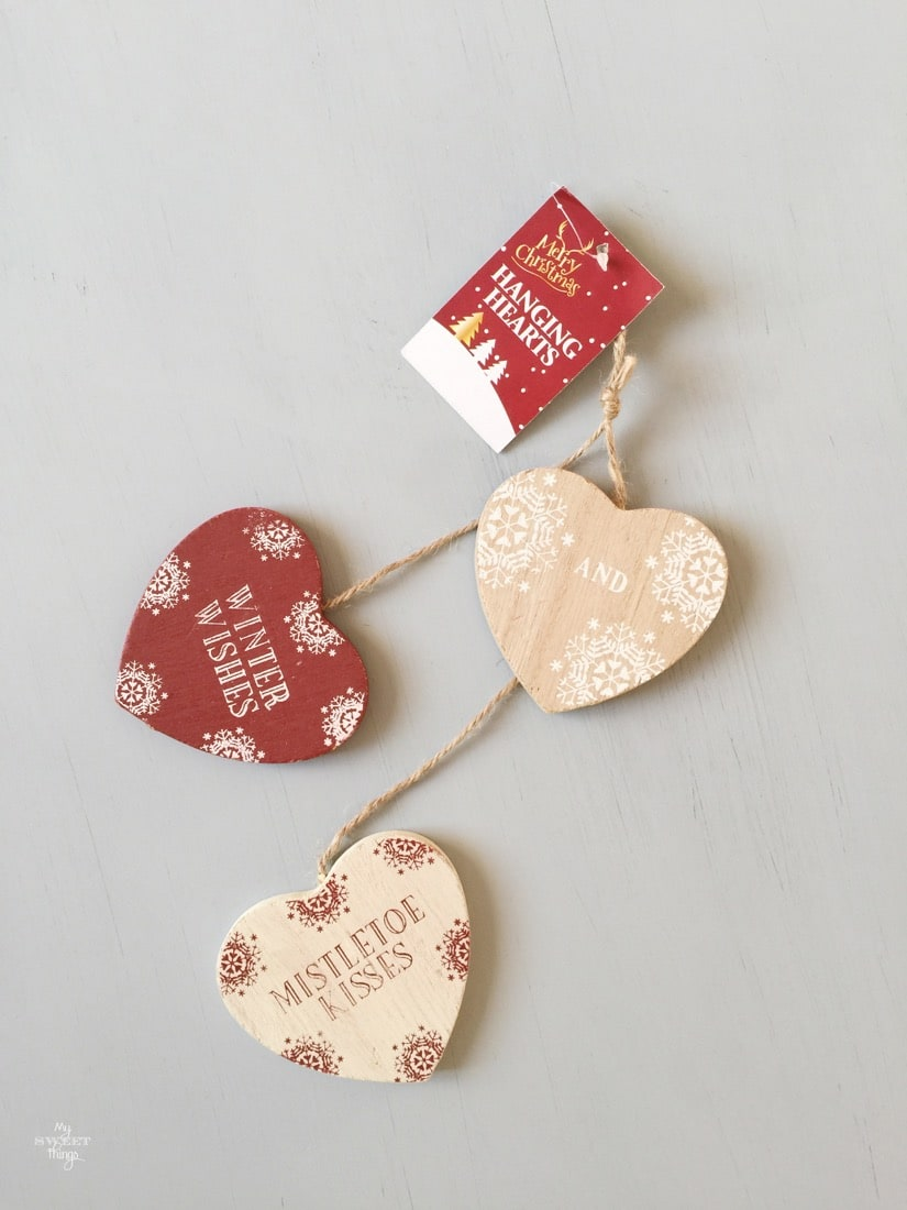 How to update wooden hearts with paper · The before: Winter & Christmas hearts · Via www.sweethings.net