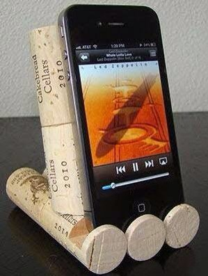 15 creative uses for wine corks · Via www.sweethings.net