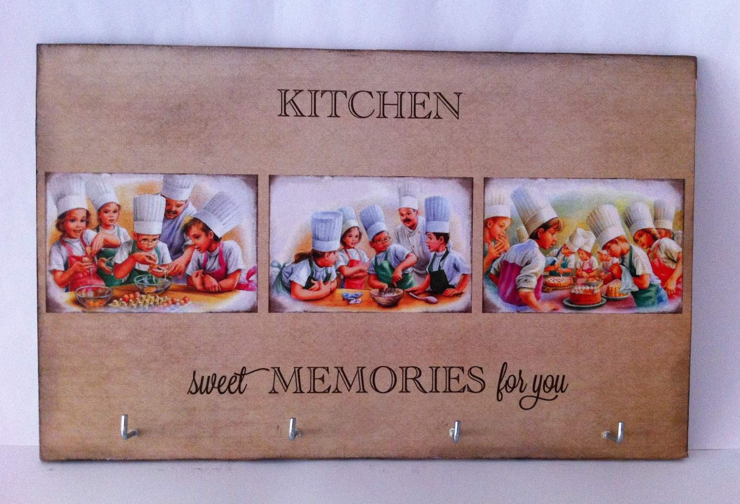 Kitchen Memories Hanger