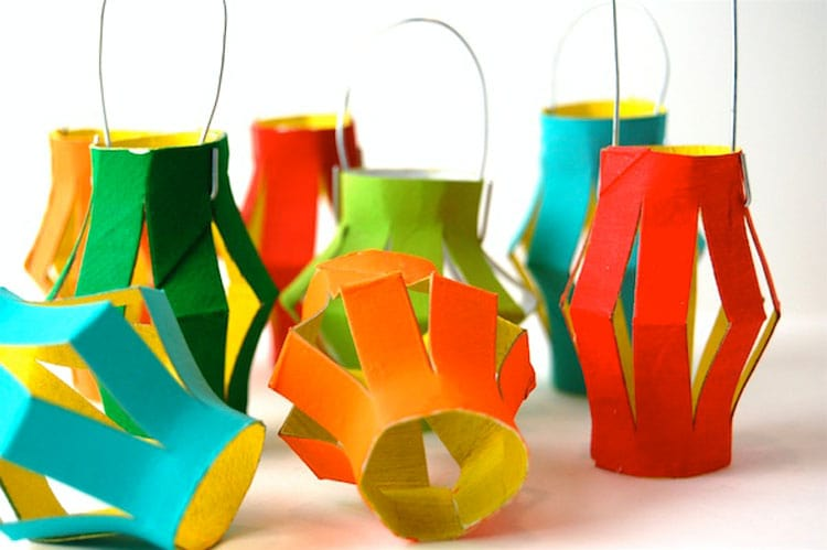 Decorative lanterns with toilet paper rolls | Reuse & recycle | DIY | Via www.seethings.net