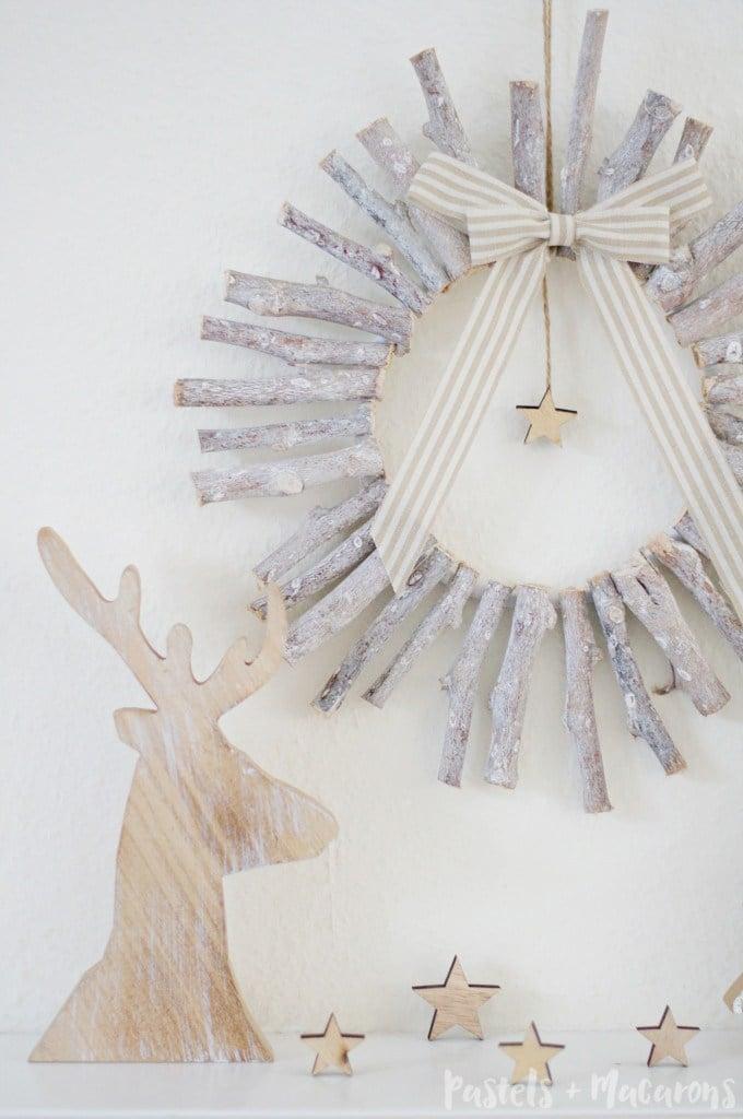 Simple DIY wood Christmas wreath
