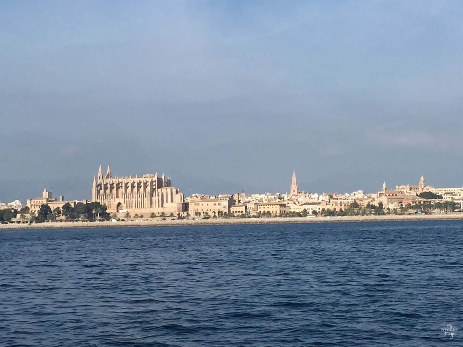 What to do in summer in Mallorca - View of Palma's Cathedral - La Seu