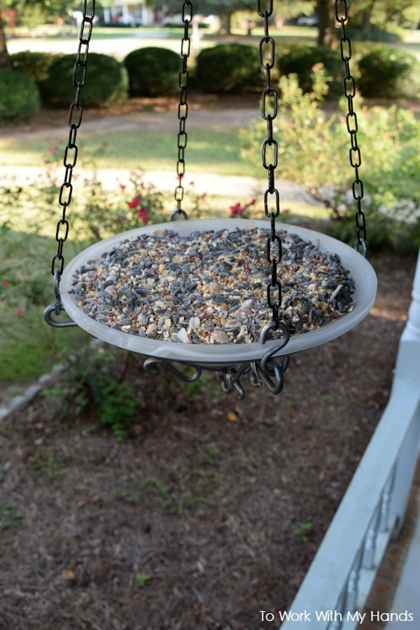 how-to-make-a-bird-feeder