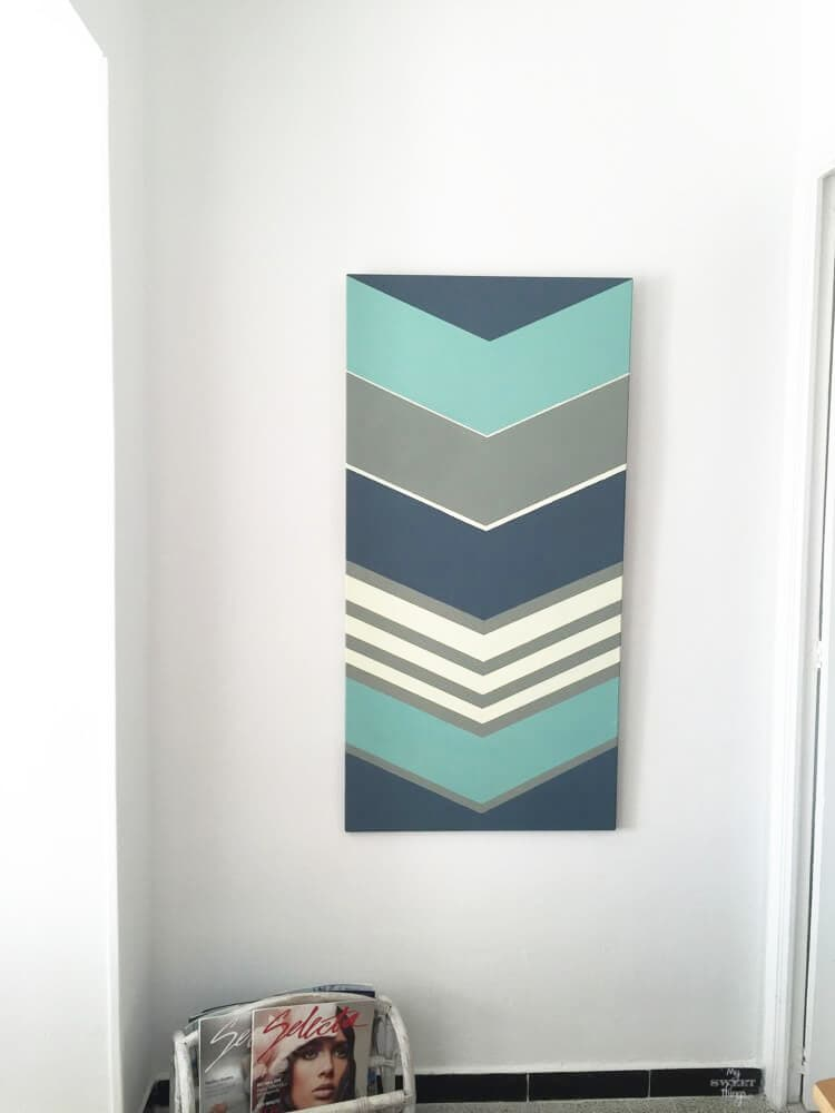 Decorating homes - Chevron Wall Art - Via www.sweethings.net