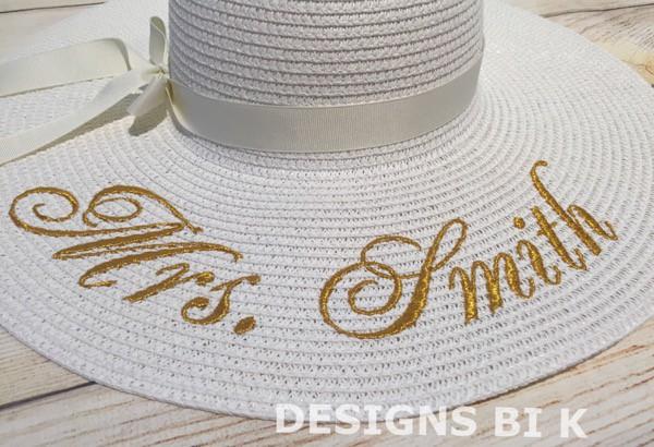 Creaciones artesanas únicas, el valor de los artesanos · Sombreros de sol bordados · Via www.sweethings.net