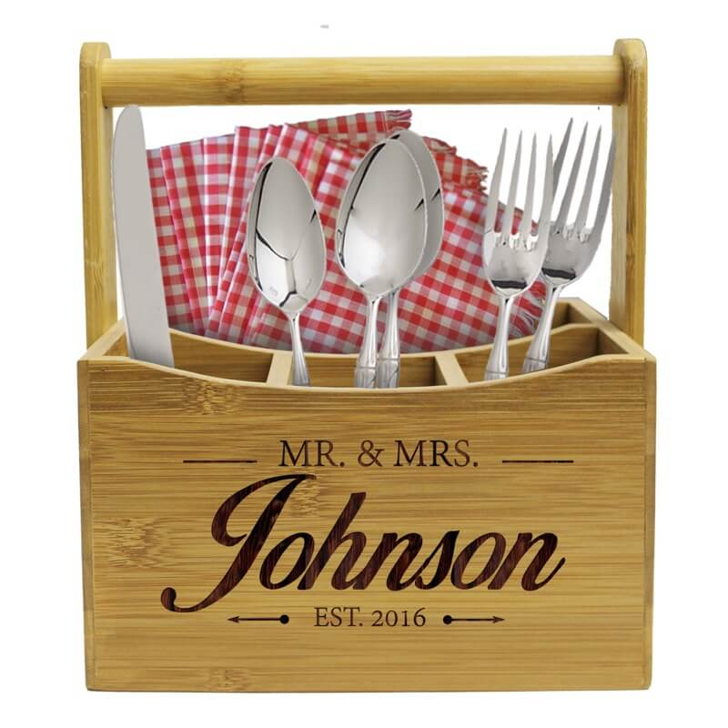 Finding the perfect wedding gift without breaking the bank · Utensil holder · Via www.sweethings.net