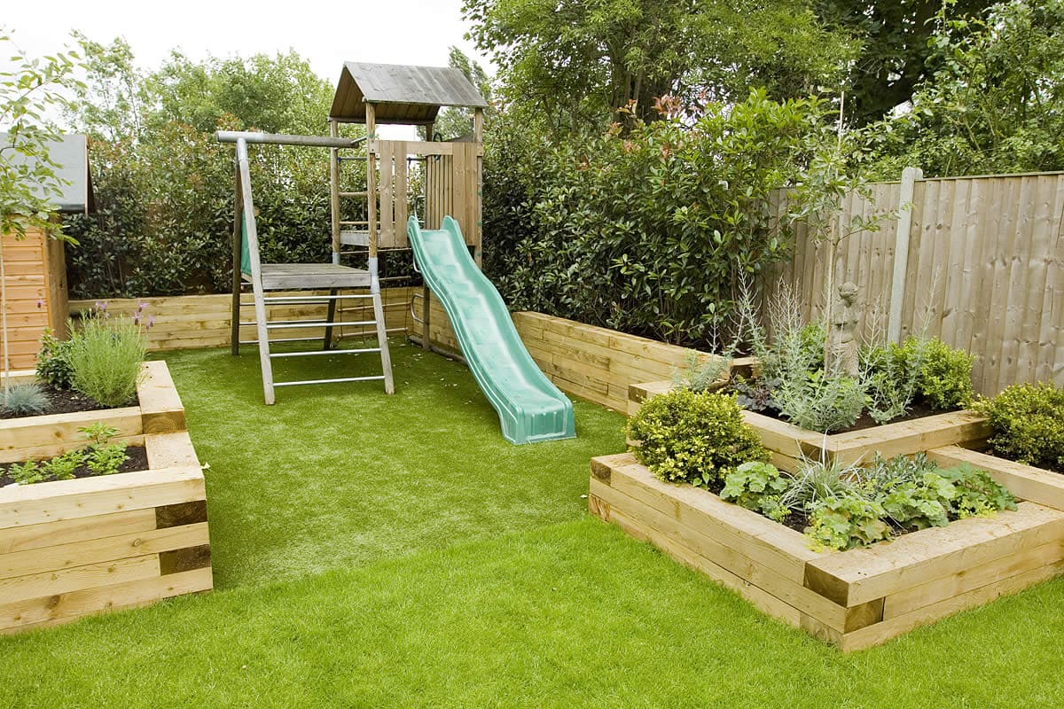 How to Create a Great Child-Friendly Garden   ·   Via www.sweethings.net
