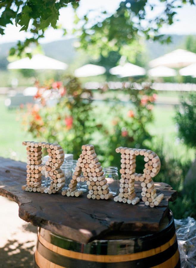 15 creative uses for wine corks · Via www.sweethings.net