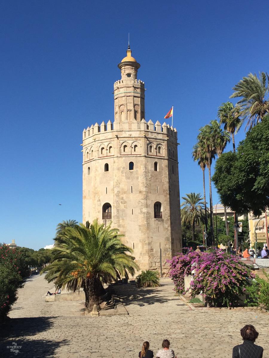 Viaje a Andalucía · La Torre del Oro, Sevilla · Via www.sweethings.net