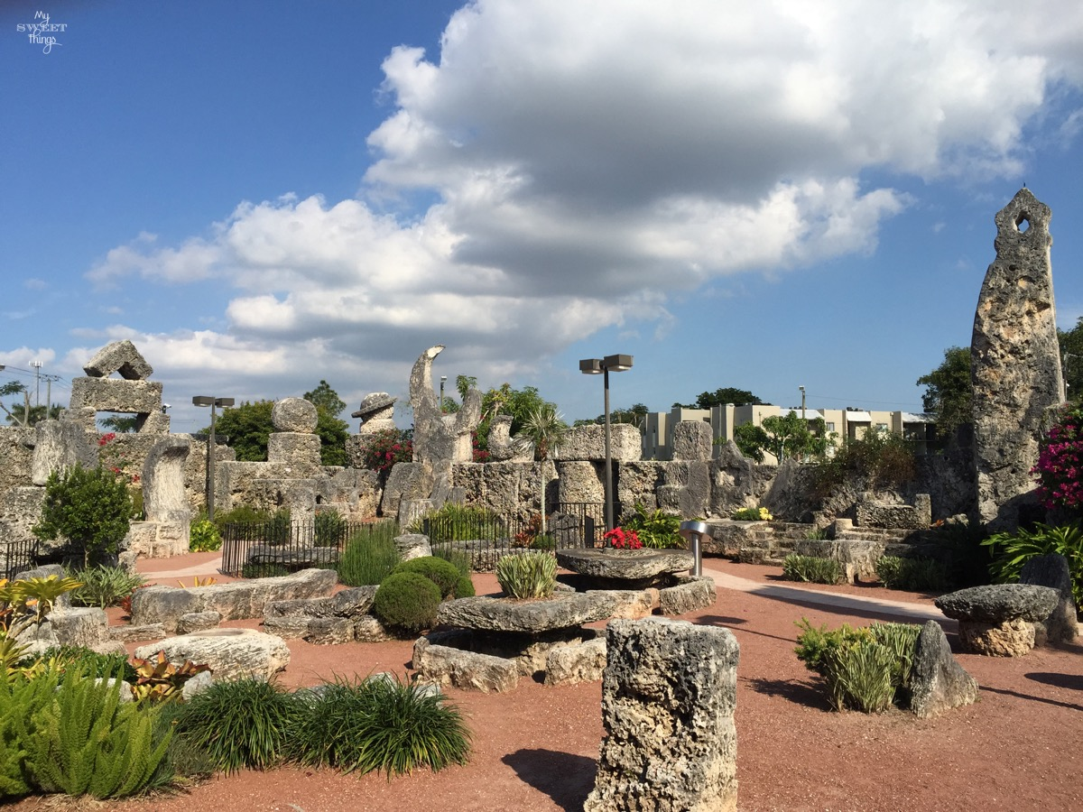 4 Must-See Spots In the US · Amazing Coral Castle Homestead Florida · Via www.sweethings.net