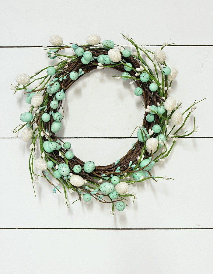 Super easy Easter wreath