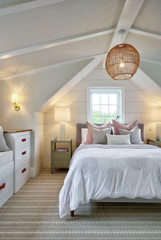 Attic Guest Room · Via www.sweethings.net